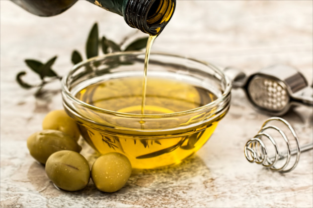 70 Olive Oil Uses - One bottle can ease an ear ache, prevent graying, reduce calories, and much more, now that's living frugal.