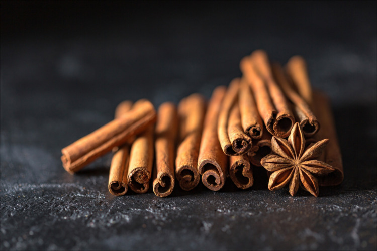 Cinnamon is for more than just adding to your favorite dessert recipes, it can be used to heal ailments, clear blemishes and so much more.