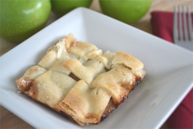 Apple Pandowdy: Not-So-Stylish Apple Pie (Simple Recipes)