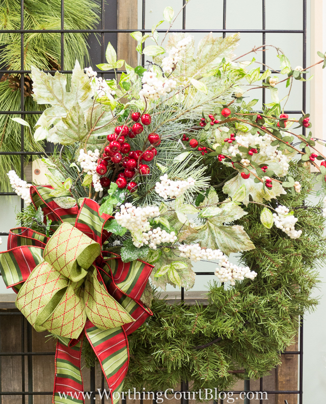 Great Ideas - How to Make a Christmas Wreath from Worthing Court
