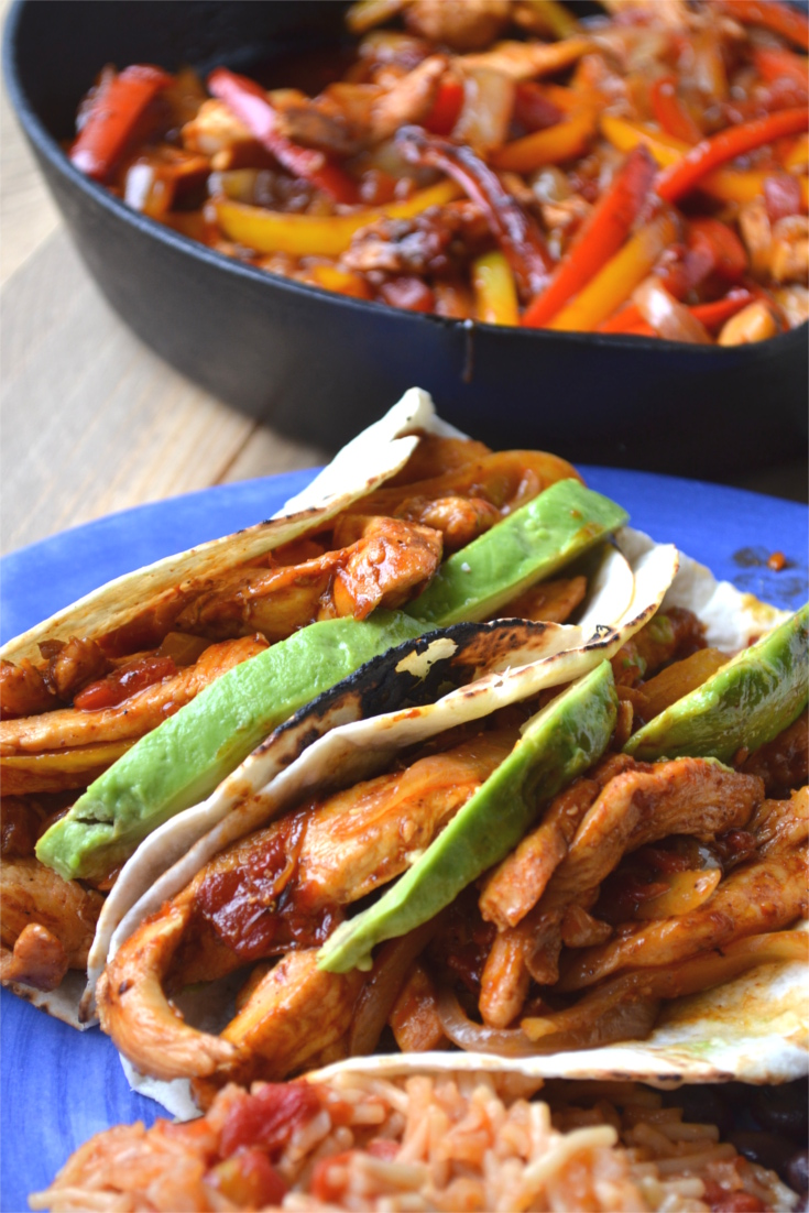 Looking for a delicious and easy weeknight meal? This Simple Chicken Fajita recipe ought to do the trick. With just a bit of slicing and a few minutes over the heat you can have dinner on the table in less than 30 minutes.