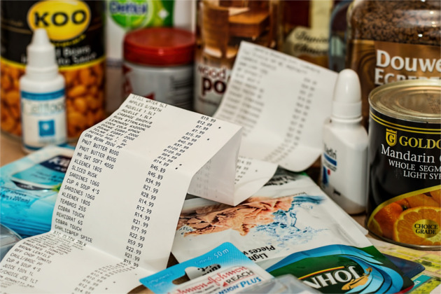 Learn how to walk out of the grocery store paying less per bag than you ever have. These 40 money saving tips are guaranteed to lower your grocery bill drastically.
