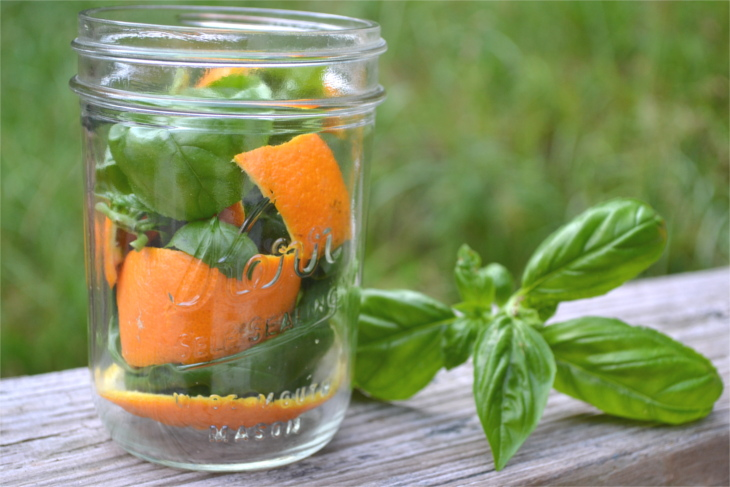 All-Natural Mosquito Repellent Candles - A few simple ingredients, a mason jar and a few minutes of time is all you need to keep those pesky mosquitoes away.