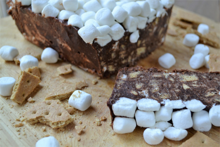 Bring your s'mores indoors with this simple, no-bake recipe, it's the perfect way to enjoy s'mores without the campfire.