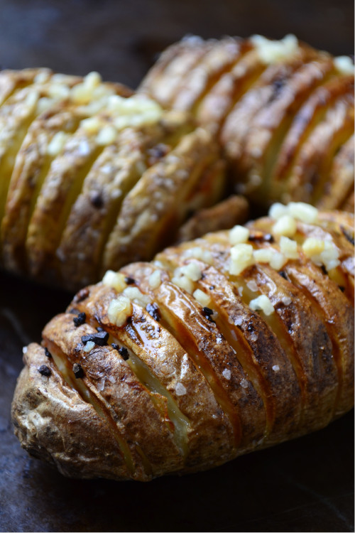 Air Fryer Hasselback Potato Recipe is a simple and delicious cross between a baked potato and crispy potato chips.